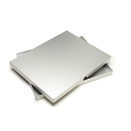 Machina Presentation Box 1-inch by Pina Zangaro � » 8.5x11 (letter) � » Aluminum